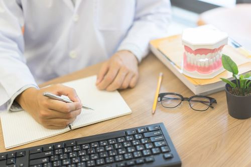 Ghostwriter Zahnmedizin